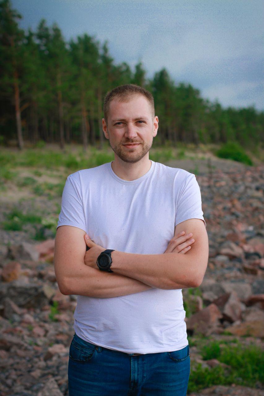 Антон Коростелев